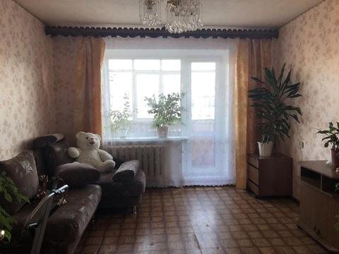 Продам 3-комнатую квартиру в 5-м мкр. - Фото 1
