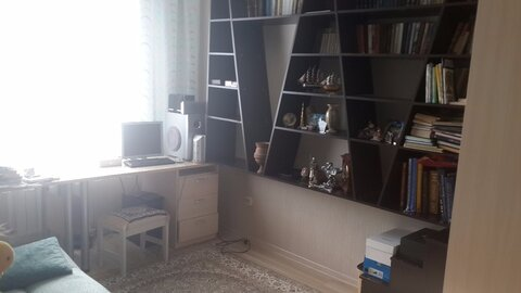 Продам 4-комн. квартиру 80.4 м2 - Фото 1
