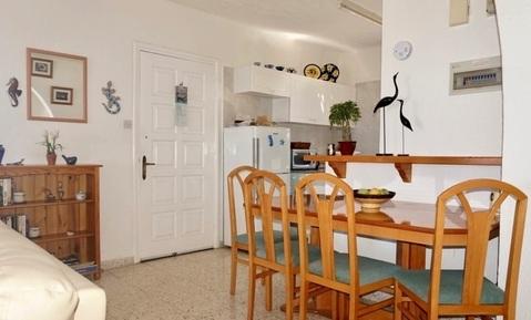 Полуотдельный трехкомнатный Апартамент с видом на море в районе Пафоса - Фото 4