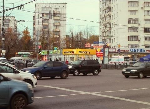 Стрит ритейл в Перово