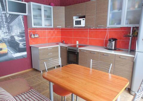 Двухкомнатная квартира в г. Кемерово, Радуга, ул. Серебряный бор, 9 - Фото 1