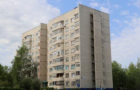 Продам 1 квартиру в сзр по ул.Лебедева на последнем этаже Чебоксары