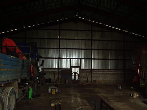Сдаётся ремонтный ангар 500 м2 - Фото 1