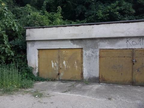 Капитальный гараж в Ялте.