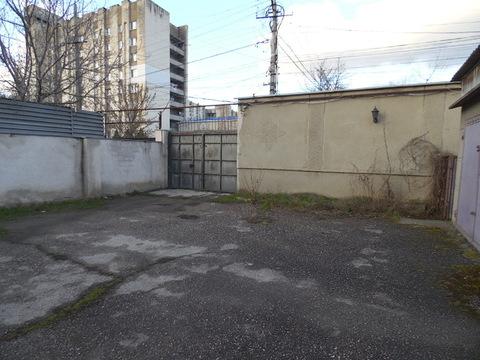 Два дома на ул. Залесской общ.пл. 750 м.кв .на участке 19 соток - Фото 4