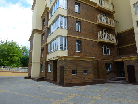 Продается 3-х комнатная квартира по ул. Королева - Фото 1