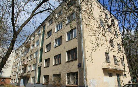 Продам комнату в центре города по ул.Николаева 30 на 4 этаже