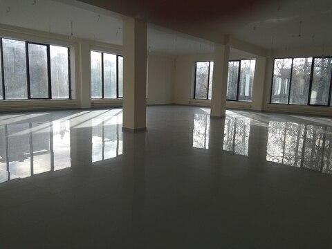 Торговое помещение 100 кв.м на втором этаже торгово-офисного центра - Фото 3