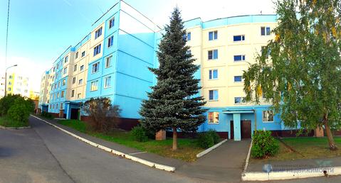 Оформленная просторная двухкомнатная квартира в центре г. Волоколамска - Фото 1