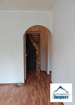 Продаётся недвижимость во Фряново, двухкомнатная квартира во Фряново, ул. Текстильщиков, дом 3. Площадь 37/14. 3/10. 4/кух6. 6кв. м. Этаж 2/5 кирпичного дома. Квартира в хорошем состоянии, сделан свежий ремонт, пластиковые стеклопакеты. 1 собственник более 3-х лет.
