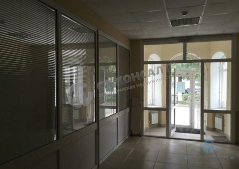 Продажа торгового помещения 83 кв.м. на ул. Горького - Фото 1