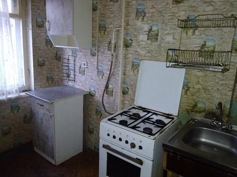 В 4-комнатной коммунальной квартире сдаётся комната, в пользование . - Фото 1