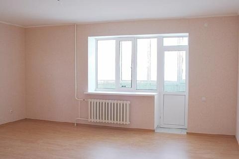 Сдам 2 комнатную пустую на Ишимской 15 в новом доме