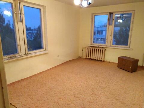 Продается двухкомнатная квартира в г. Чехов по ул.Комсомольской, Продажа квартир в Чехове, ID объекта - 332068840 - Фото 1