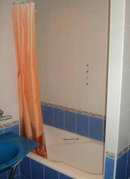 Улица Желябова 7; 2-комнатная квартира стоимостью 25000 в месяц . - Фото 1
