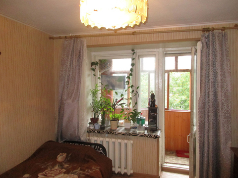Владимир, Суздальский пр-т, д.17а, комната на продажу - Фото 1