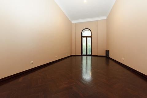 1-комнатная квартира 71 кв.м в историческом центре, Чайковского, 18 - Фото 1