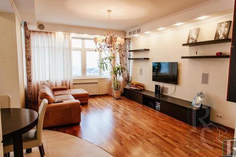 Продажа трехкомнатной квартиры в центре Севастополя у моря! - Фото 1