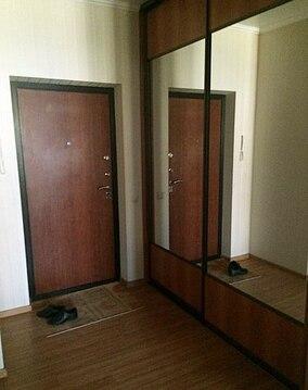 Сдается 2х комн квартира - Фото 1