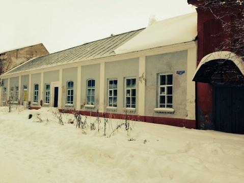 Здание в центре Осташкова на оз.Селигер - Фото 2