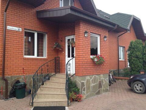 Дом по Варшавскому шоссе в охраняемом поселке с аквапарком - Фото 1