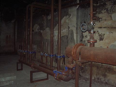 3-этажное Производственное помещение 3700 м2 - Фото 4