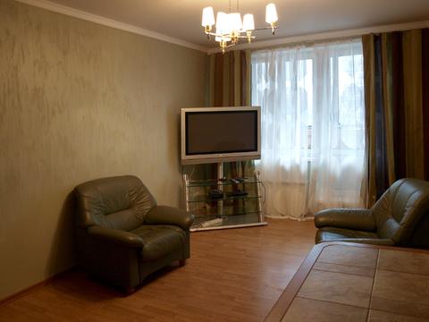Сдается 2-х комн. квартира в 1 м.п. от метро нахимовский проспект - Фото 1