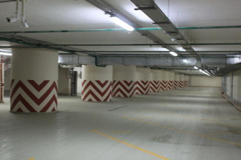 Машиноместо в подземном паркинге ЖК бизнес-класса - Фото 5