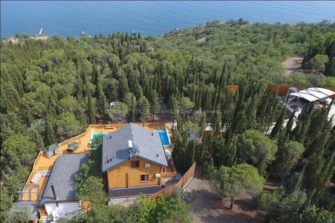 Дом у моря Республика Крым г Алушта Стахеевская горка 49 соток земли - Фото 4