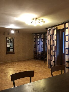 Продаётся 4-комнатная квартира в центре города - Фото 1