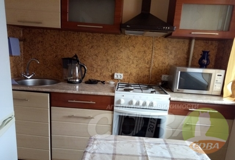 Аренда квартиры, Тюмень, Ул. Орджоникидзе - Фото 1