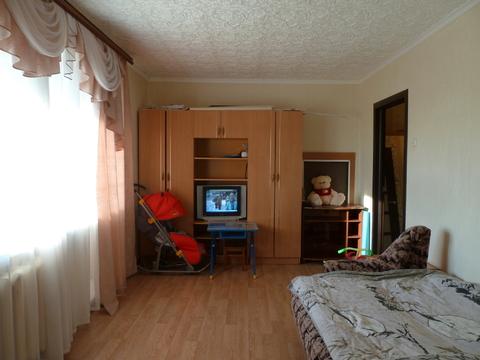Двухкомнатная квартира с хорошим ремонтом - Фото 1
