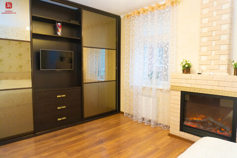 Продам просторную четырехкомнатную квартиру - Фото 2