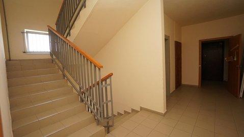 Купить квартиру в монолитном доме с ремонтом в Южном районе. - Фото 3
