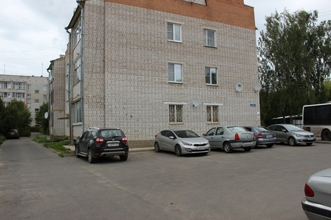 3-х комн. квартира в г. Кимры, ул. Володарского, д. 52 - Фото 1