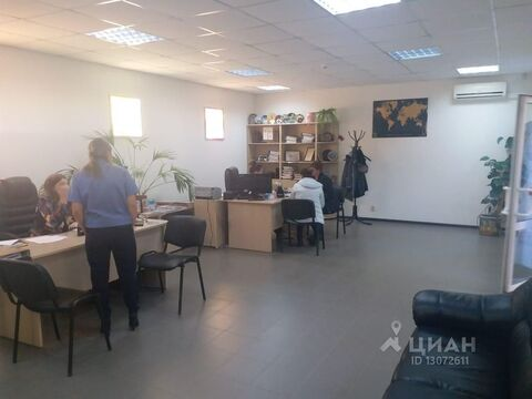 Продажа торгового помещения, Калуга, Ул. Суворова - Фото 1