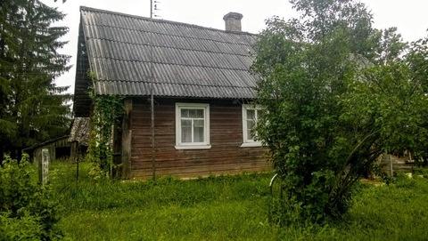Дом с баней на участке 45 соток, рядом живописное озеро. - Фото 1