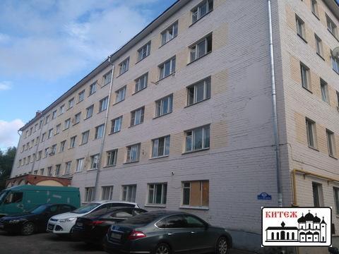 Комната 17 кв.м. в кирпичном общежитии на ул. С.-Щедрина. - Фото 1