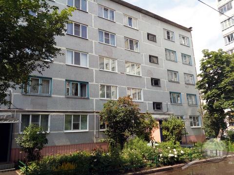 Продается 1-комнатная квартира, пр-т Строителей - Фото 1