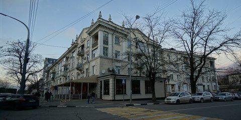 Купить Трехкомнатную Сталинскую Квартиру в Центре Новороссийска. - Фото 1