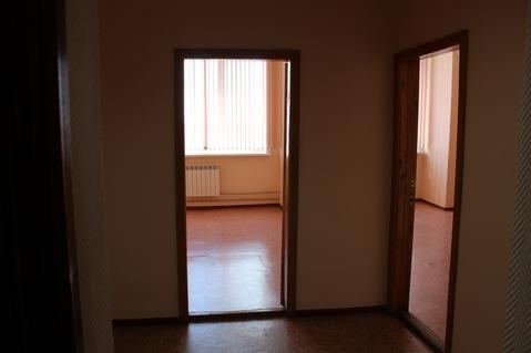 Офис из двух кабинетов и ресепшен за 17 тысяч рублей - Фото 2