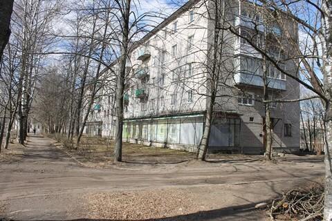 Продаю 3-х квартиру в Кимрском районе, пгт Белый Городок, ул. Парковая - Фото 1