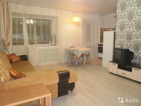 Сдам 2-комнатную квартиру на длительный срок - Фото 1
