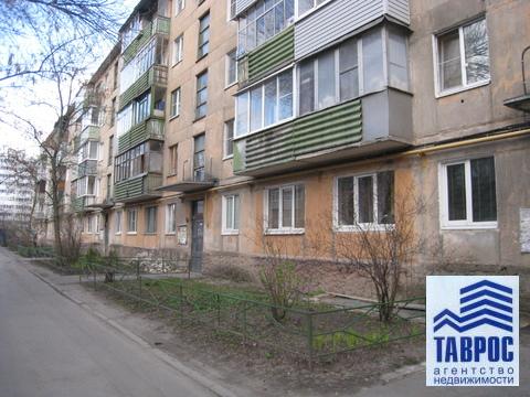 Продам 2-комнатную квартиру в Центре, недорого - Фото 2
