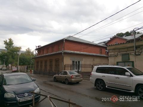 Здание (3 этажа) в центре города - Фото 1