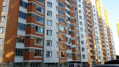 Продаю 1-комнатную квартиру Брехово мкр Шкоьный к.8 - Фото 1
