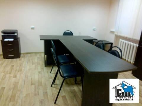 Сдаю офис 30 кв.м. на Металлурге с мебелью и ремонтом - Фото 2