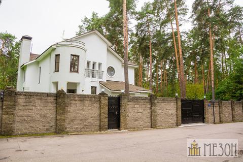 Продается дом в коттеджном поселке КИЗ Серебряные Ключи - Фото 1