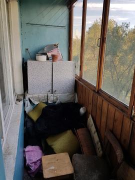 Продам недорогую 3ккв частично с мебелью Октябрьская наб. - Фото 4
