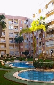 3-комнатная квартира в Испании,2 спальни, кондиционер, бассейн, парк - Фото 4